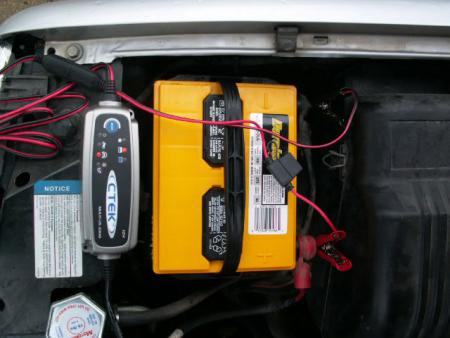 Despite its small size, the CTEK MULTI US 3300 had no trouble charging up a truck battery.