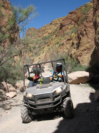 Our Arizona test course included taking the Ranger HD through a picturesque box canyon.