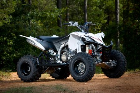 Here�s a YFZ450X outfitted with GYTR accessories.