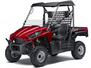 The Teryx LE models standard with a rigid sun top, half windscreen, retractable dual cup holder and automotive style paint.