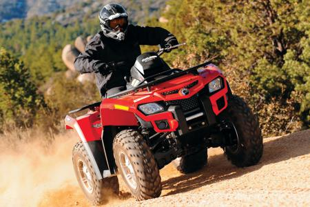 The Outlander 800R is a solid combination of rugged utility and sporty performance.