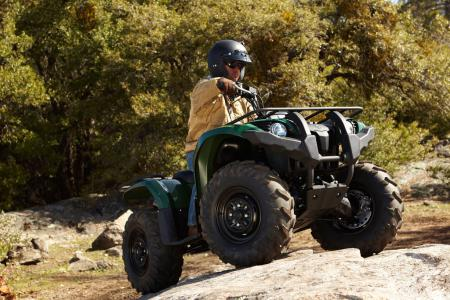 Even with the addition of power steering, the Grizzly 450 is lighter than it used to be.