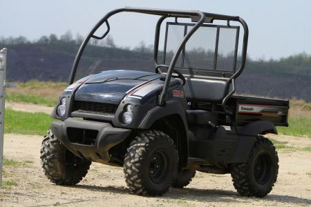 Kawasaki gave the Mule 610 4x4 XC a sportier edge than the rest of the Mule family.