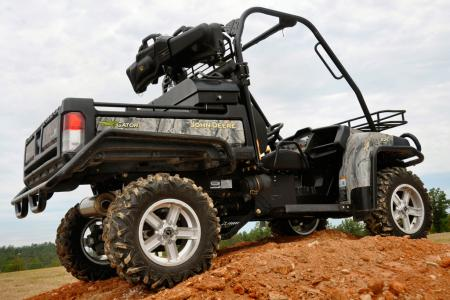 Hunters and outdoorsmen will appreciate the flexibility of the new John Deere Gator XUV 825i 4x4.