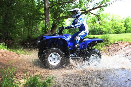 2011 Yamaha Grizzly 700 EPS Action 05