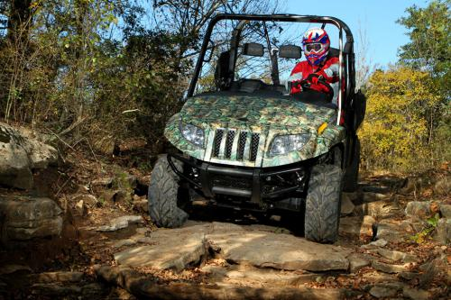 2011 Arctic Cat Prowler HDX 700 Action 04