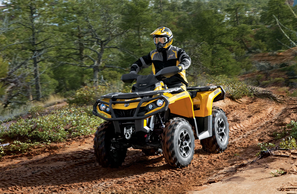 2012-Can-Am-Outlander-1000-XT-Action-01.jpg