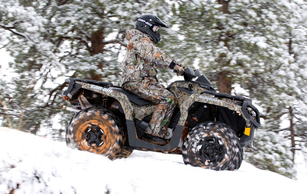 2012-Can-Am-Outlander-800R-XT-Action-03.jpg
