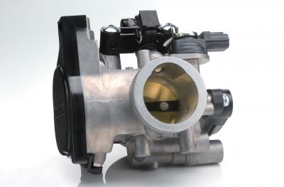 The fuel-injection system has a 36mm throttle body and 12-hole injector.