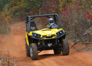 2011 Can-Am Commander Action Woods