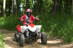 2012 Polaris Outlaw 90 Action 20