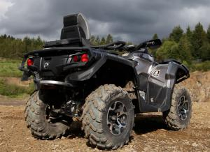 2013 Can-Am Outlander MAX 1000 Limited Rear
