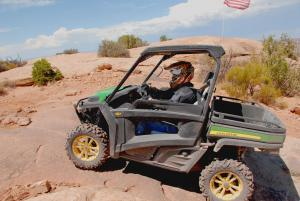 2013 John Deere Gator RSX850i Sport Action 2