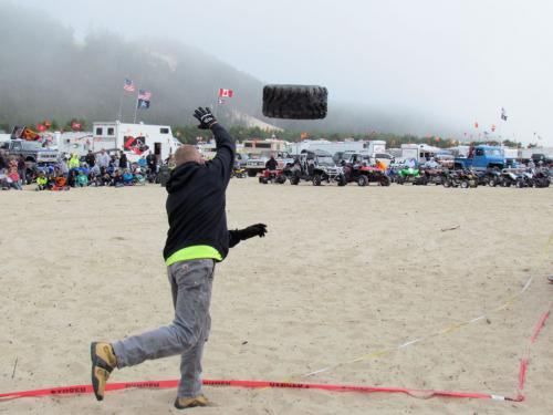 2012 Oregon DuneFest Tire Toss