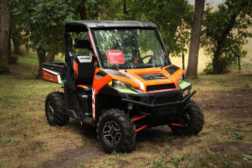2013 Polaris Ranger XP 900 Front Right
