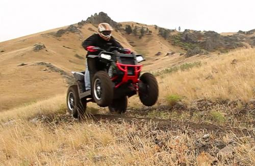 2013 Polaris Scrambler XP 850 LE Action Wheelie