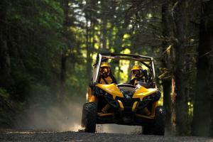 2013 Can-Am Maverick 1000R Action