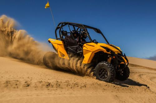 2013 Can-Am Maverick 1000R Action 03