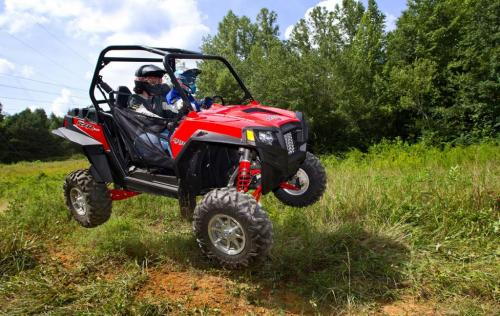 2012 Polaris RZR XP 900 Action Jump 02