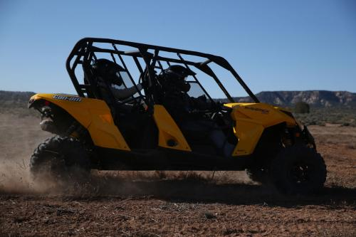 2014 Can-Am Maverick MAX 1000R Action Right
