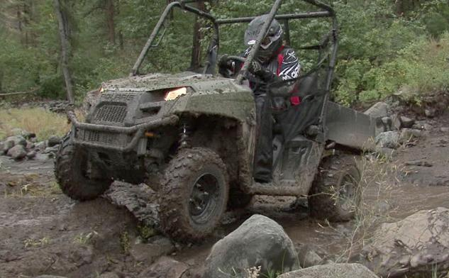 2013 Polaris Ranger 800 Mid-Size Action Rocks