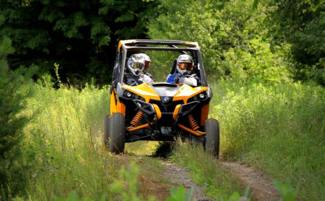 2014 Can-Am Maverick MAX X rs Action Front