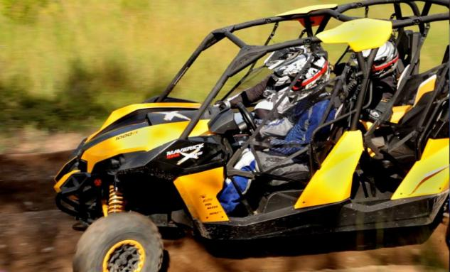 2014 Can-Am Maverick MAX X rs Action Close