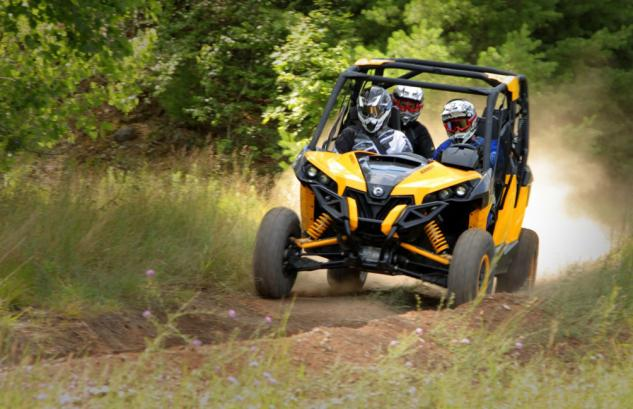 2014 Can-Am Maverick MAX X rs Action Front Left