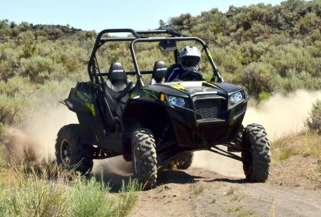 2013 Polaris RZR XP 900 EPS Action Drifing