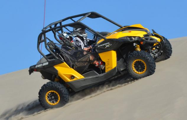 2013 Can-Am Maverick 1000R X rs Action Sidehill