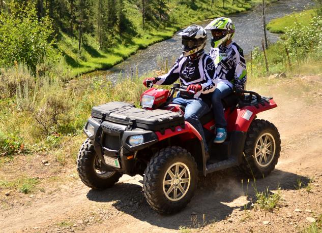 2013 Polaris Sportsman Touring 850 EPS Action Front