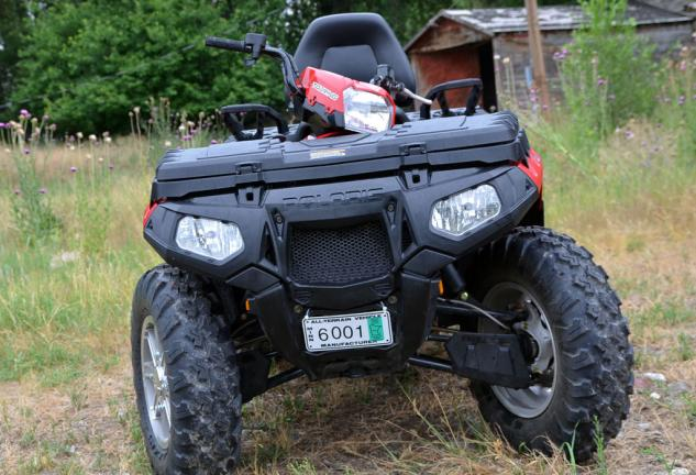 2013 Polaris Sportsman Touring 850 EPS Front