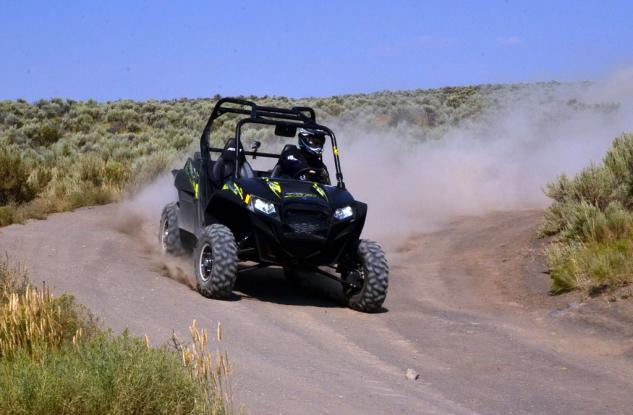 2013 Polaris RZR XP 900 LE Action Course