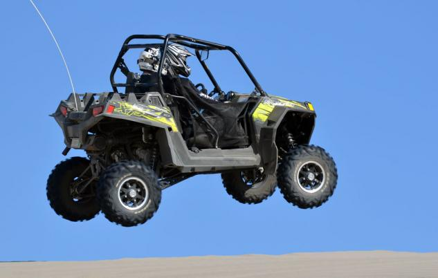 2013 Polaris RZR XP 900 LE Action Jump