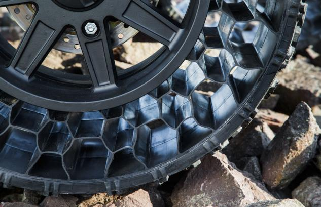 2014 Polaris Sportsman WV850 Non-Pneumatic Tire