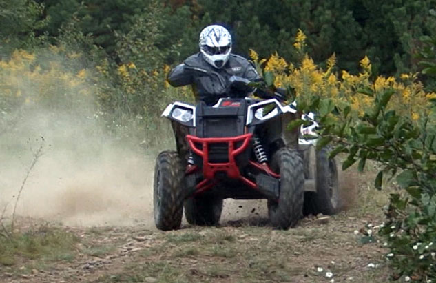 2014 Polaris Scrambler 1000 Action Sliding