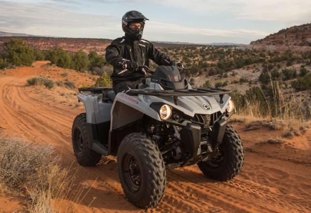 2015 Can-Am Outlander L 450 Action Front