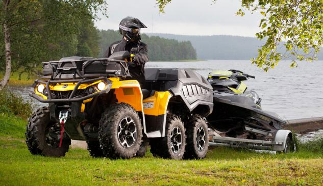 2015 Can-Am Outlander 6x6 Action Towing