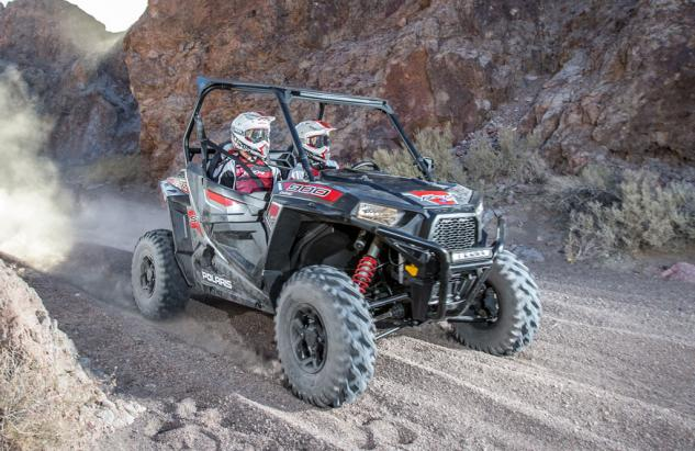2015 RZR S 900 Action