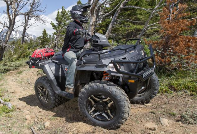2015 Sportsman 570 SP Action 01