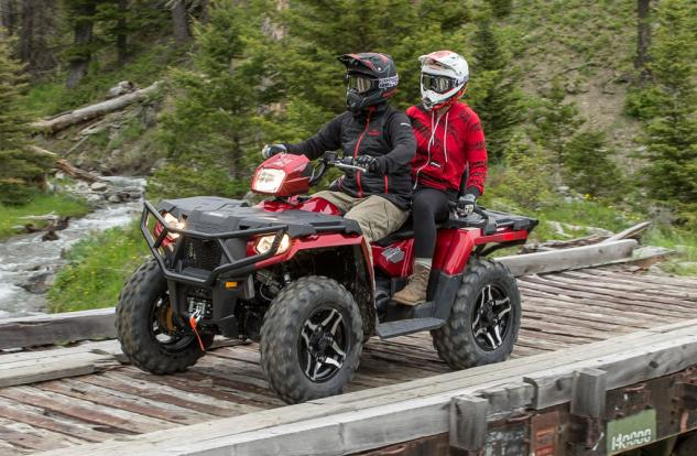2015 Sportsman Touring 570 SP Action 01