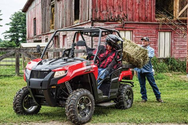 2015 Arctic Cat Prowler 700 XT Working