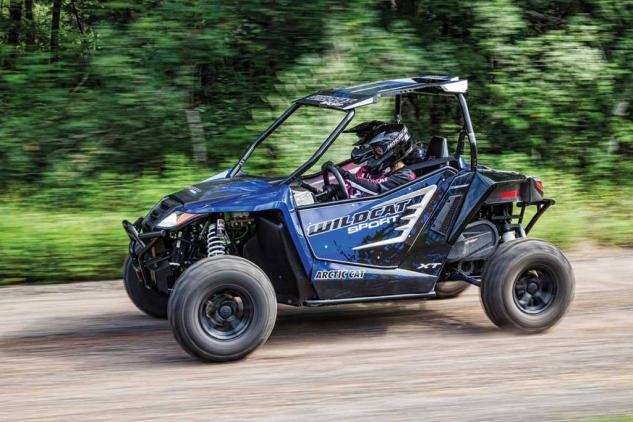 2015 Wildcat Sport XT Action