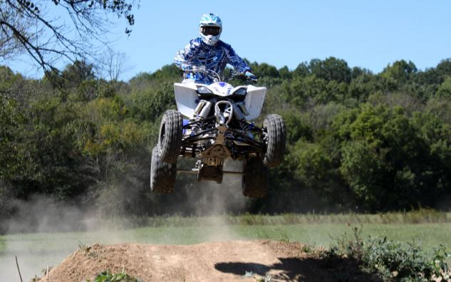2014 Yamaha YFZ450R Project Action Jump Front