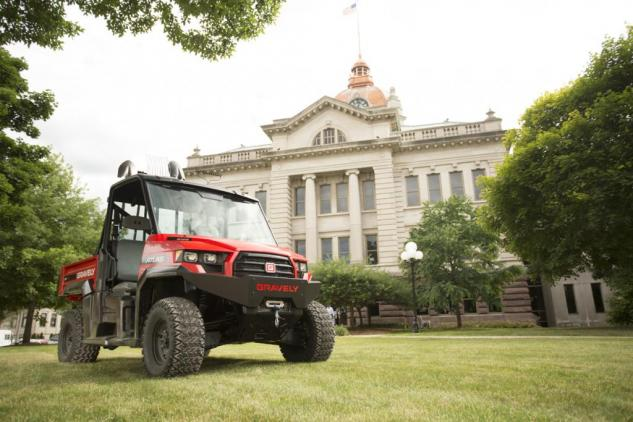 COMPARISON: Read our review of the 2014 Kubota RTV X-Series