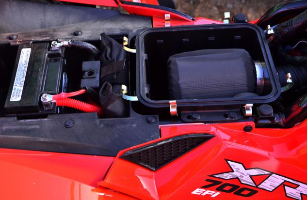 2015 Arctic Cat XR 700 Air Filter and Battery