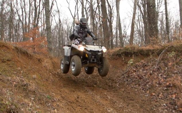 2015 Can-Am Outlander L 500 Action Jump