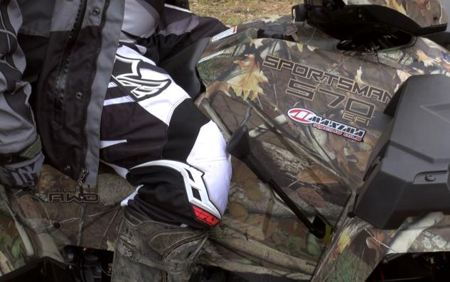 2015 Polaris Sportsman 570 Shifter Knee