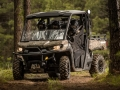 2017-Can-Am-Defender-Mossy-Oak-Action-3
