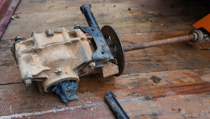 Remounting a Yamaha Rhino Rear Differential - ATV com